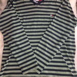 AUTHENTIC UNISEX Tommy Hilfiger long sleeve!!